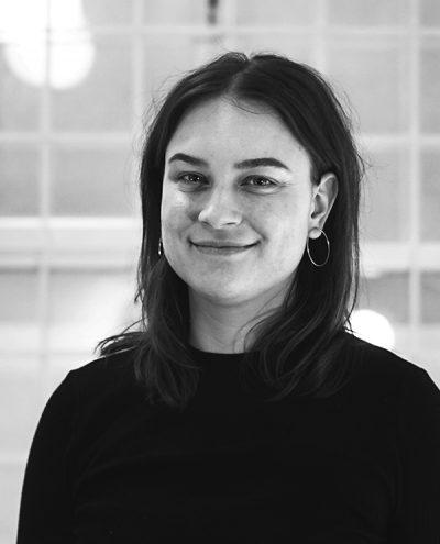 Porträtt av vår innehållsproducent Malin Åkerskog